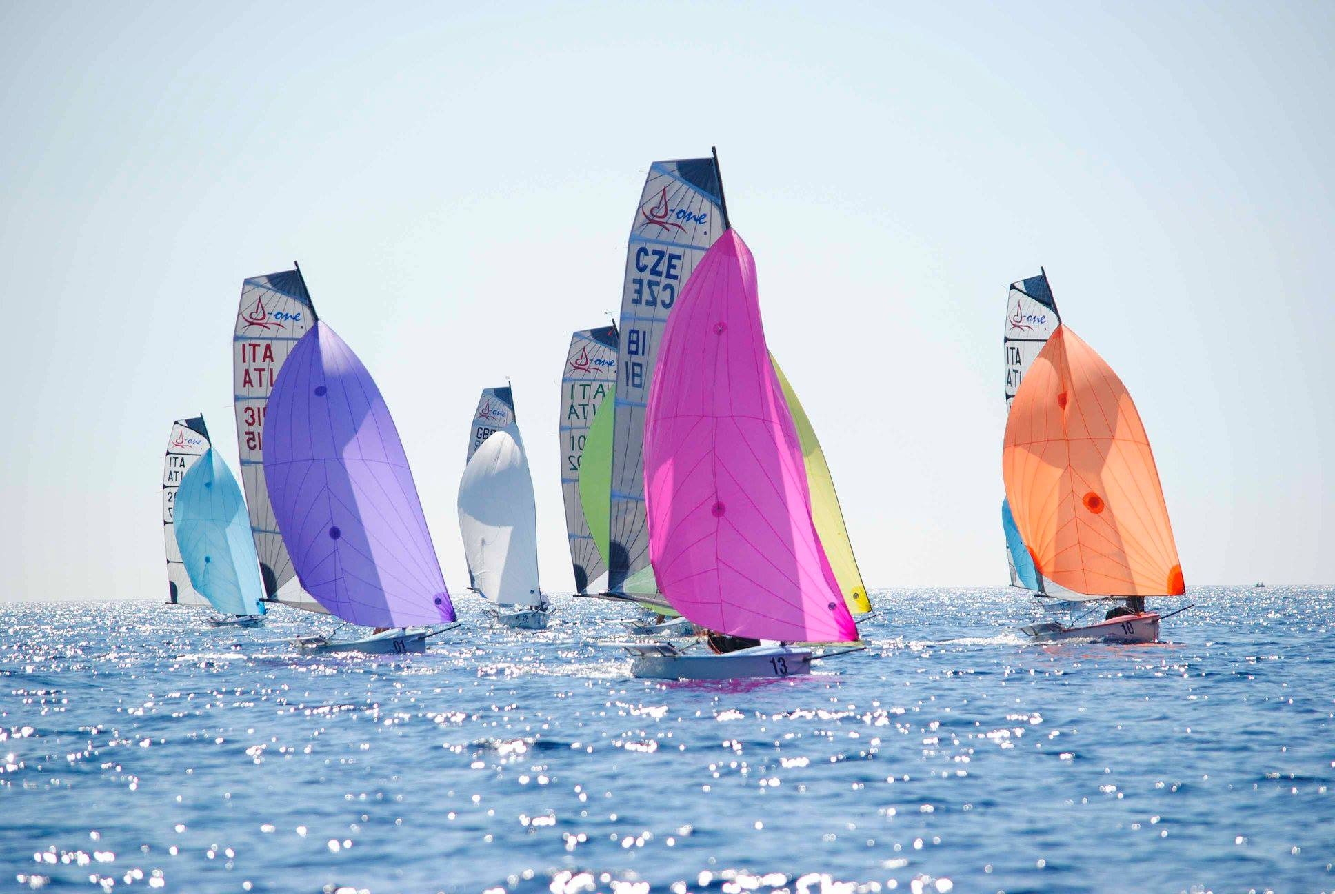 day1 r 1 spinnakers